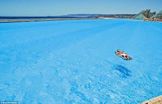 Απίστευτες εικόνες: Δεν φαντάζεστε πώς είναι η μεγαλύτερη πισίνα του κόσμου! - Φωτογραφία 4
