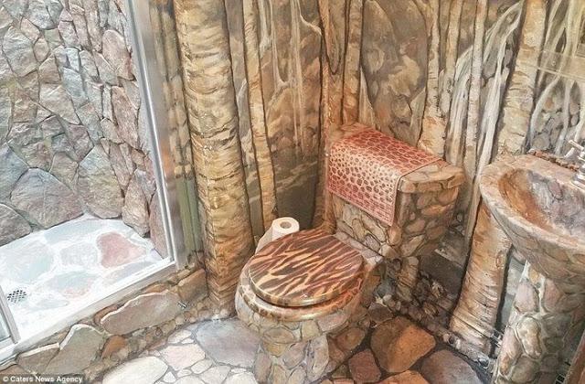 Για 35 χρόνια έφτιαχνε το σπίτι των ονείρων της... Το εσωτερικό του δεν μοιάζει με κανένα από όσα σπίτια έχετε δει μέχρι σήμερα - Φωτογραφία 2