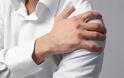 Πόνος στον ώμο: Με ποια μορφή καρκίνου συνδέεται