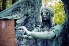 Τα 10 πιο τρομακτικά αγάλματα του κόσμου...[photos]
