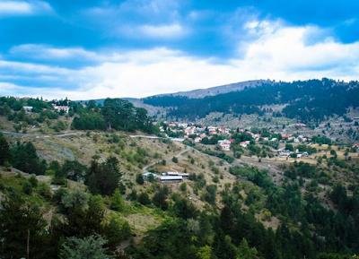 Το ψηλότερο χωριό της Ελλάδας (αλλά και των Βαλκανίων), είναι χτισμένο σε υψόμετρο 1.600 μέτρων! - Φωτογραφία 1