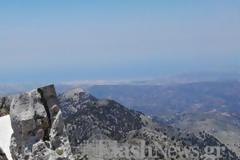 Το μέρος στα Χανιά που το χιόνι δεν έχει λιώσει για αιώνες [photos+video]