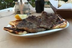 Ποιος Τούρκος σεφ; Τα καλύτερα μπριζολάκια φιλέτο της Αθήνας είναι δίπλα μας, σε αυτό το μαγαζί...