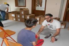 Προσφέροντας παπούτσια και χαμόγελα σε 30.000 φτωχά παιδιά [photos]