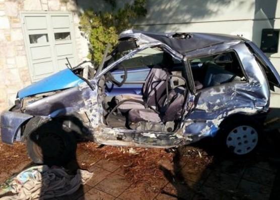 Λεωφορείο των ΚΤΕΛ έλιωσε αυτοκίνητο στο Πόρτο Ράφτη - Νεκρός ο οδηγός [photos] - Φωτογραφία 1
