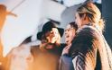 Ο ανταγωνισμός σε κοντινές σχέσεις: Μήπως η φίλη σου σε μειώνει;