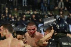 Αγριο ξύλο και τραυματίες στο Παρτίζαν – Ερυθρός Αστέρας [photos+video]