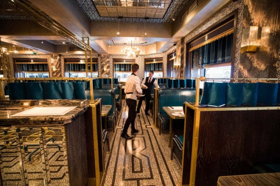 Διάσημο εστιατόριο που χρεώνει βάσει προσφοράς και ζήτησης! - Φωτογραφία 1