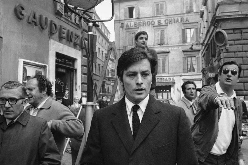 ΣΤΟ PARIS MATCH Ο Αλεν Ντελόν στη συνέντευξη της ζωής του: Ξερνάω με αυτόν τον κόσμο, φεύγω χωρίς λύπη - Φωτογραφία 10