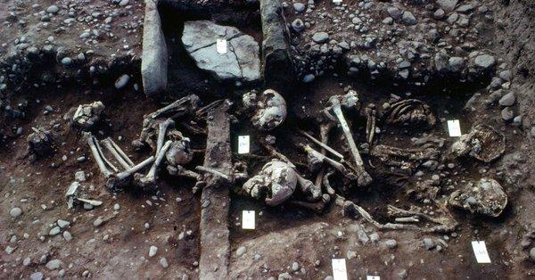 Βρετανία: Ομαδικός τάφος πολεμιστών της Μεγάλης Στρατιάς των Βίκινγκς - Φωτογραφία 2