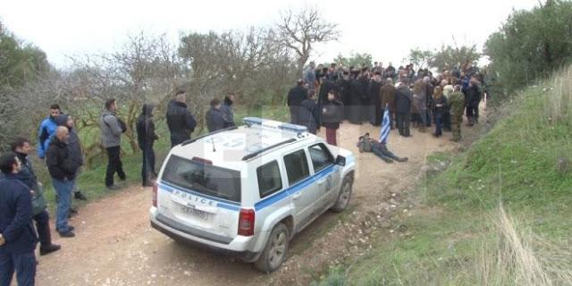 Ανακωχή αστυνομίας με τους κατοίκους της Χίου μέχρι τη δικαστική απόφαση για τους οικίσκους στο hotspot της  ΒΙΑΛ [Εικόνες] - Φωτογραφία 1