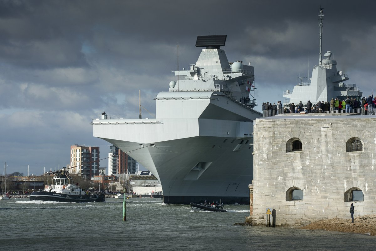 HMS Queen Elizabeth: Στην πρώτη του αποστολή το αεροπλανοφόρο της Μεγάλης Βρετανίας - Φωτογραφία 2