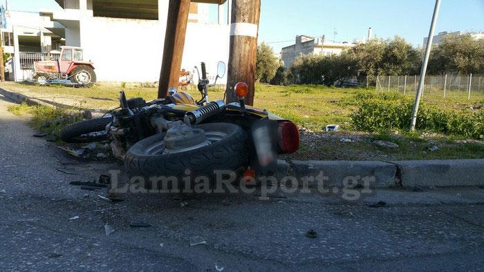 Λαμία: Τροχαίο με μηχανή σε διασταύρωση «καρμανιόλα» [photos] - Φωτογραφία 3