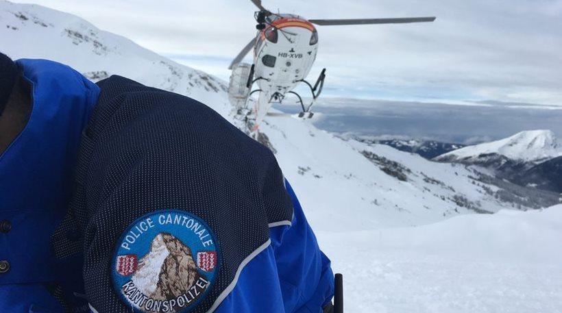 Ελβετία: Χιονοστιβάδα παρέσυρε τουλάχιστον 12 ορειβάτες - Δύο σοβαρά τραυματίες - Φωτογραφία 1
