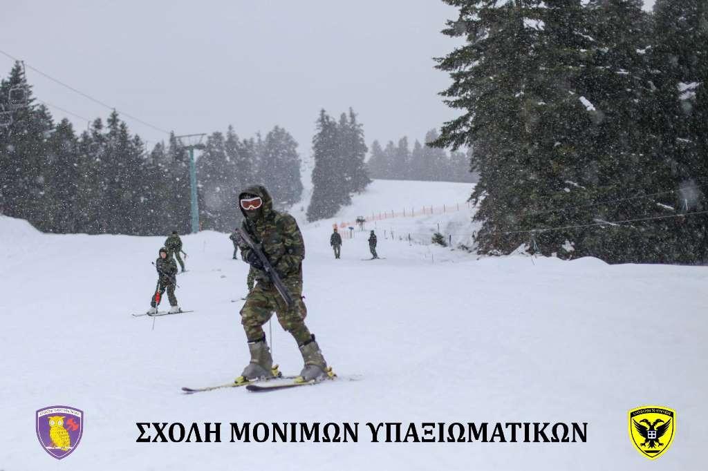 Σχολή Μονίμων Υπαξιωματικών: Εντυπωσιακές εικόνες απο την χειμερινή εκπαίδευση στα Τρίκαλα - Φωτογραφία 19