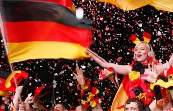Η γερμανική τηλεόραση χλευάζει τη συμμετοχή της Ελλάδας στη Eurovision [video] - Φωτογραφία 1