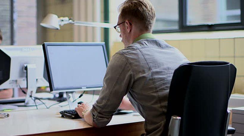 Απροστάτευτοι στο διαδίκτυο όσοι που καταγγέλλουν το δημόσιο - Φωτογραφία 1