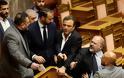 Επεισόδιο του βουλευτή της Χ.Α Γιάννη Λαγού με βουλευτές του ΣΥΡΙΖΑ [Εικόνες - Βίντεο]