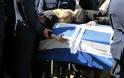 Γιώργος Μπαλταδώρος: Τελευταίο αντίο στον ήρωα Σμηναγό – Κατέρρευσε η σύζυγός του - Φωτογραφία 3