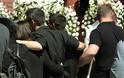 Γιώργος Μπαλταδώρος: Τελευταίο αντίο στον ήρωα Σμηναγό – Κατέρρευσε η σύζυγός του - Φωτογραφία 35