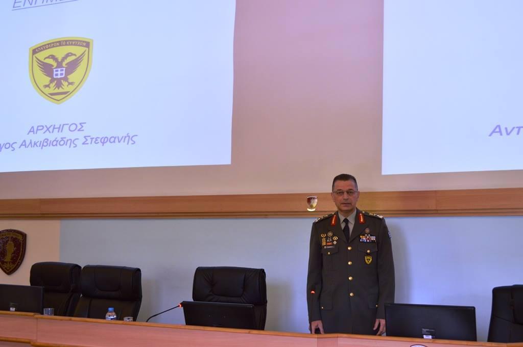 Ομιλία Αρχηγού ΓΕΣ στους Σπουδαστές της ΣΕΘΑ (ΦΩΤΟ) - Φωτογραφία 3
