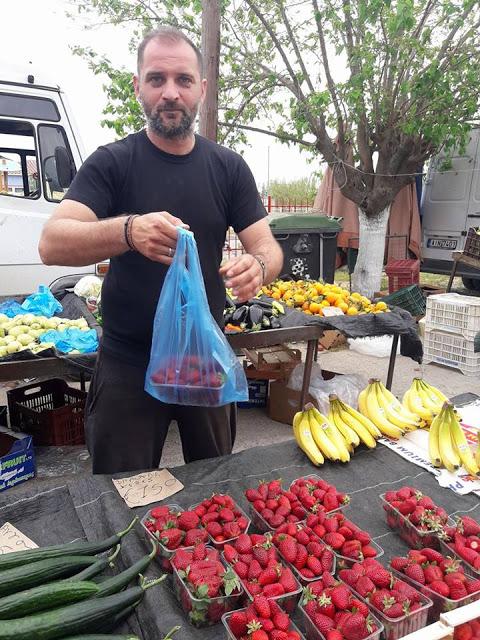 ΣΗΜΕΡΑ ΔΕΥΤΕΡΑ: Μια βόλτα στην Λαϊκή Αγορά της ΒΟΝΙΤΣΑΣ (ΦΩΤΟ: Στέλλα Λιάπη) - Φωτογραφία 131