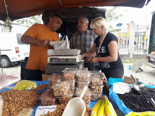 ΣΗΜΕΡΑ ΔΕΥΤΕΡΑ: Μια βόλτα στην Λαϊκή Αγορά της ΒΟΝΙΤΣΑΣ (ΦΩΤΟ: Στέλλα Λιάπη) - Φωτογραφία 134