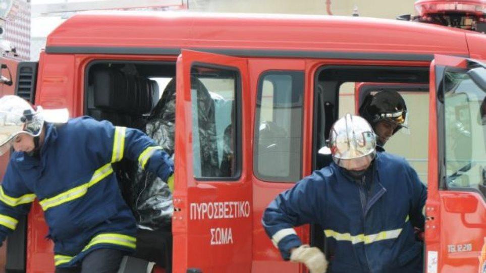 Ανεξέλεγκτη η φωτιά στην Ηλεία - Εκκενώθηκαν σπίτια - Φωτογραφία 1