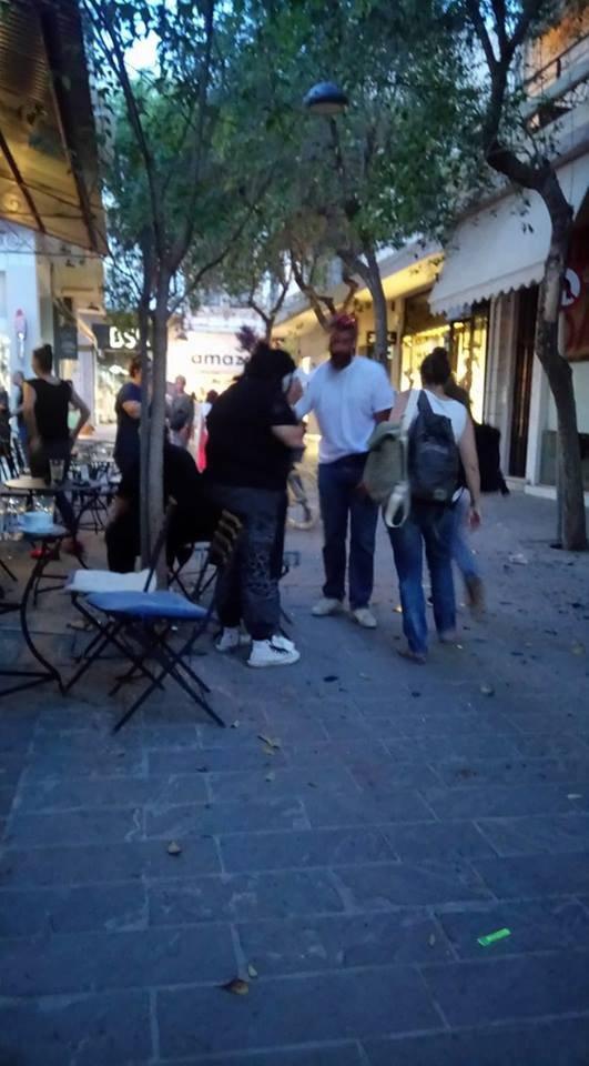 Δύο ελαφριά τραυματίες από έκρηξη σε κατάστημα στην Παλιά Πόλη [photos] - Φωτογραφία 2