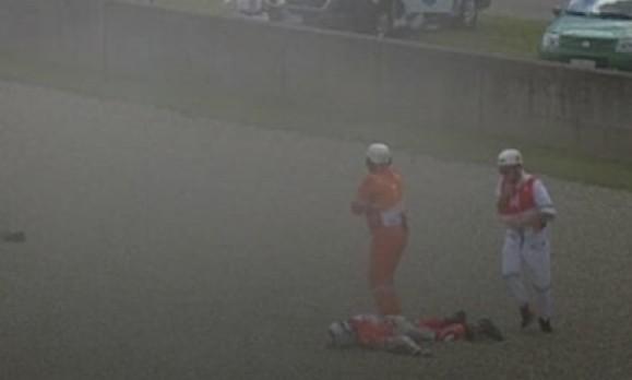 Τρόμος στο Moto Gp: Αναβάτης εκτοξεύεται και πέφτει στο έδαφος με ταχύτητα 350 χλμ/ώρα! [video] - Φωτογραφία 1