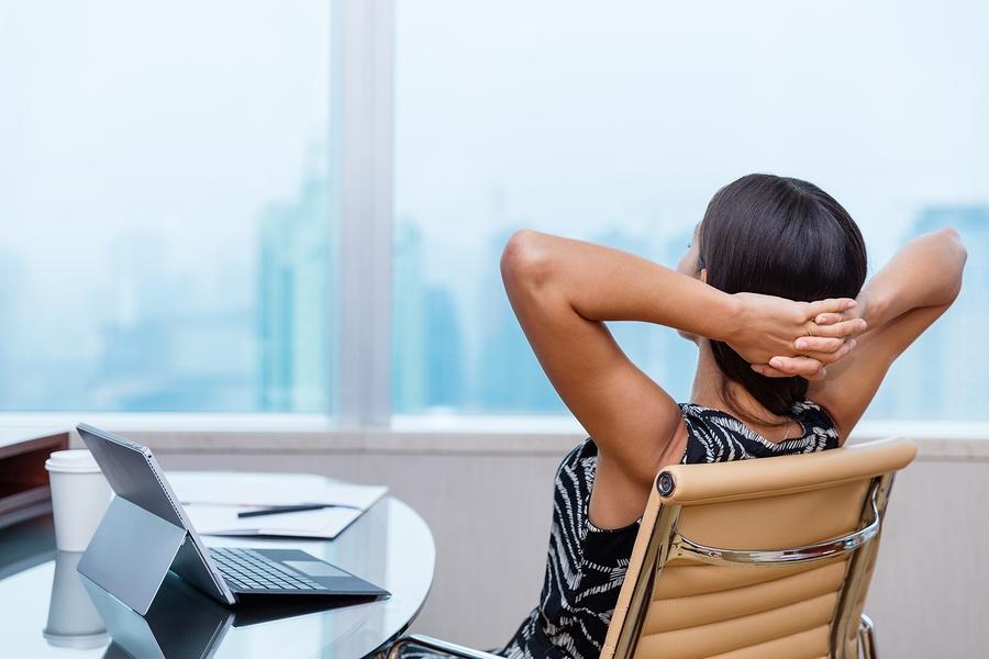 Δες τι πρέπει να κάνεις αν η δουλειά σου είναι καθιστική - Φωτογραφία 1
