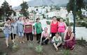 Ο ΣΥΛΛΟΓΟΣ ΓΥΝΑΙΚΩΝ ΑΣΤΑΚΟΥ καταγγέλλει βανδαλισμούς στο πράσινο της Πλατείας και κλοπές φυτών!!