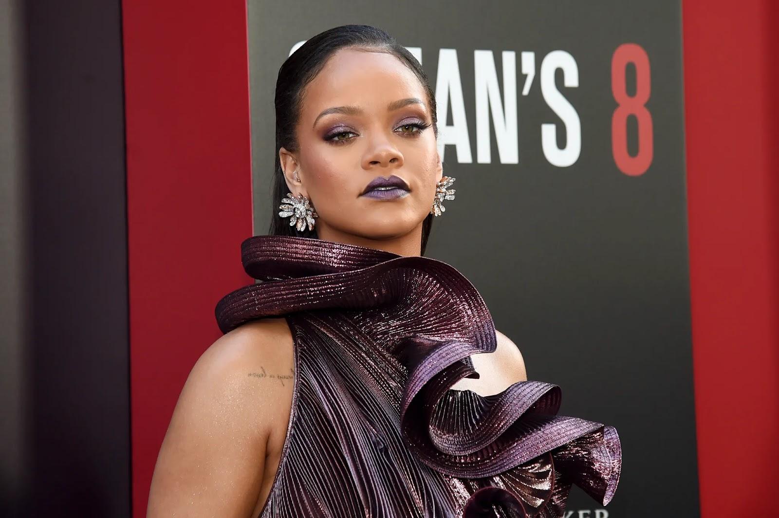 Πώς η Rihanna φτιάχνει τα φρύδια της με… σαπούνι! - Φωτογραφία 1