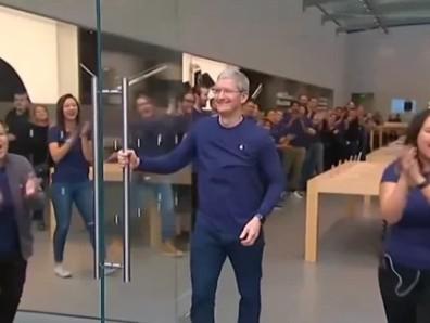 Η πορεία της Apple από τη χρεοκοπία στο $1 τρισ. - Φωτογραφία 1