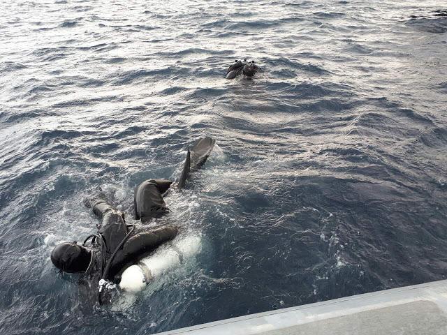 Πτώμα γυναίκας 25-30 ετών εντοπίστηκε στο βυθό της θάλασσας στη Βάρκιζα! - Φωτογραφία 1