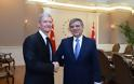 Η Τουρκία ανακοινώνει το μποϊκοτάζ του iPhone