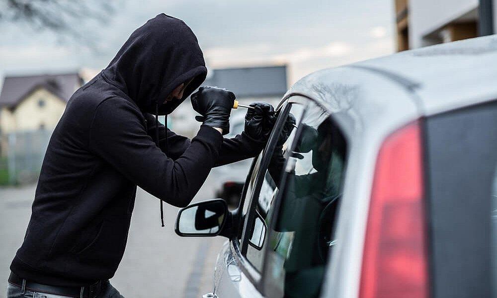 Ελλάδα: Ραγδαία αύξηση των κλοπών αυτοκινήτων – Που πάνε τα κλεμμένα; - Φωτογραφία 1