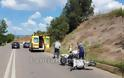 Λαμία: Τροχαίο με μηχανάκι - Τον έσωσε το κράνος - Φωτογραφία 11
