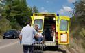 Λαμία: Τροχαίο με μηχανάκι - Τον έσωσε το κράνος - Φωτογραφία 6