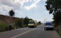 Λαμία: Τροχαίο με μηχανάκι - Τον έσωσε το κράνος - Φωτογραφία 9