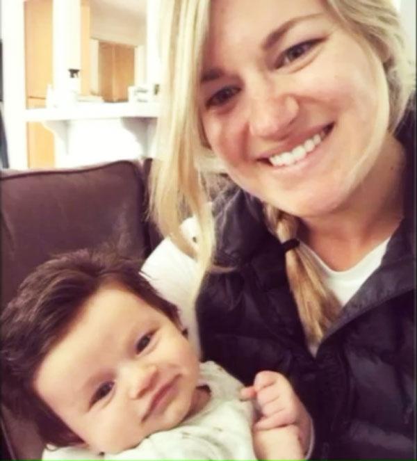Αυτή είναι η φωτογραφία του νεογέννητου μωρού που έγινε viral γιατί έχει... [photo] - Φωτογραφία 2