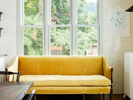 Το mustard-yellow είναι το χρώμα που κυριαρχεί στο interior design αυτό το φθινόπωρο - Φωτογραφία 1