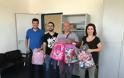 Σχολικές τσάντες δώρισε η Ένωση ΝΑ Αττικής για τα παιδιά των μελών της