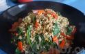Η συνταγή της Ημέρας: Φακόρυζο με σπανάκι και κόκκινες πιπεριές