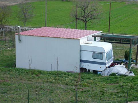 ΑΘΑΝΑΤΗ ΕΛΛΑΔΑ - 40 εξωφρενικές αυθαίρετες κατασκευές που βρίσκονται φυσικά στην Ελλάδα [photos] - Φωτογραφία 33