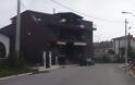 ΑΘΑΝΑΤΗ ΕΛΛΑΔΑ - 40 εξωφρενικές αυθαίρετες κατασκευές που βρίσκονται φυσικά στην Ελλάδα [photos] - Φωτογραφία 17