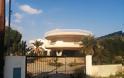 ΑΘΑΝΑΤΗ ΕΛΛΑΔΑ - 40 εξωφρενικές αυθαίρετες κατασκευές που βρίσκονται φυσικά στην Ελλάδα [photos] - Φωτογραφία 23