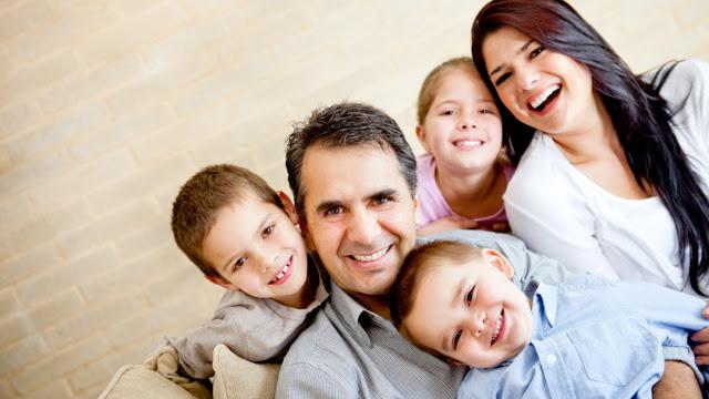 ΟΠΕΚΑ: Είσαι μητέρα; Δες αν δικαιούσαι το επίδομα των 1.000 ευρώ - Αιτήσεις - Φωτογραφία 1