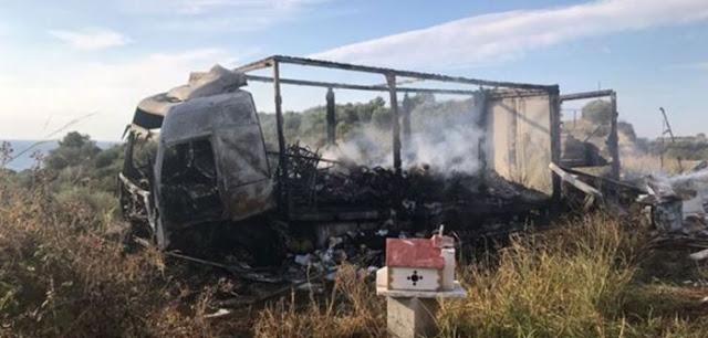 Τραγωδία στην Καβάλα: 11 μετανάστες απανθρακώθηκαν μετά από σύγκρουση ΙΧ με φορτηγό - Φωτογραφία 1