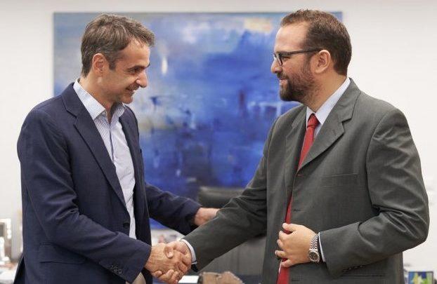 Και επίσημα ο Νεκτάριος Φαρμάκης υποψήφιος Περιφερειάρχης- Συνάντηση με Μητσοτάκη - Φωτογραφία 2